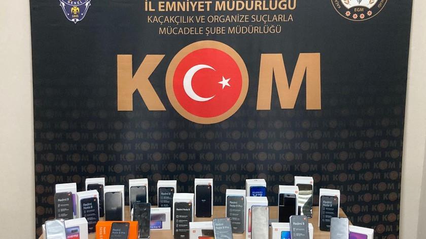 Niğde'de 32 kaçak cep telefonu ele geçirildi
