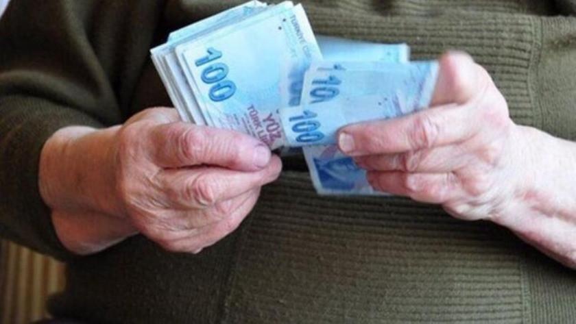 Emeklilere maaş uyarısı yapıldı