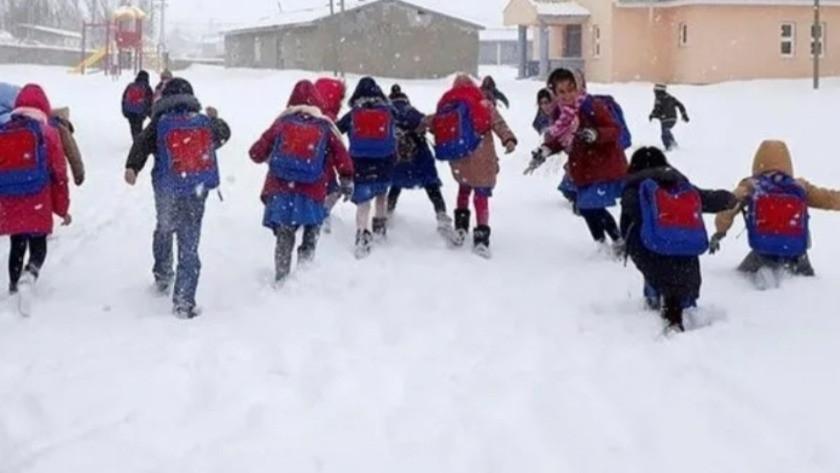 Ağrı'da okullar tatil mi?