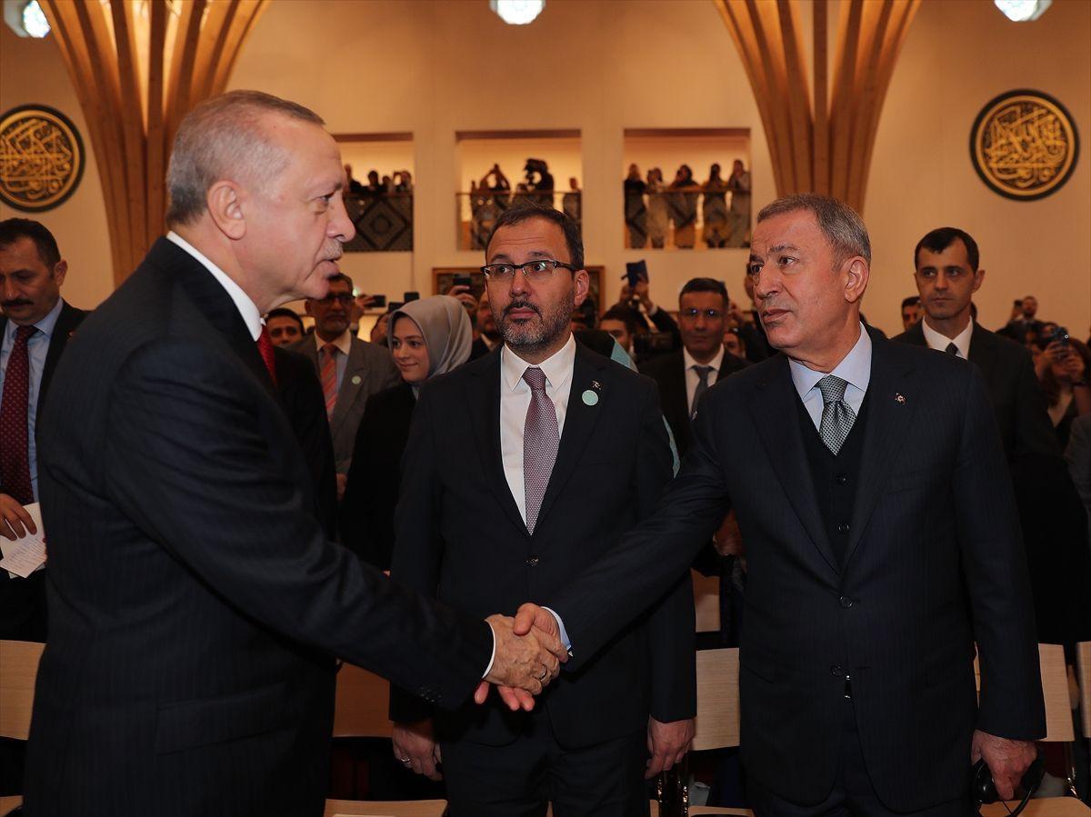 Cumhurbaşkanı Erdoğan'dan Cambridge Camisi'inde Kur'an Kerim tilaveti - Sayfa 1