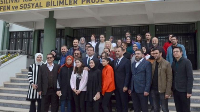 İmamoğlu'nun Silivri'deki imam hatip ziyaretinde 'Dombra' sürprizi