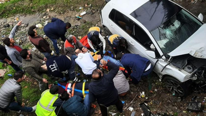 Osmaniye'de otomobil köprüden uçtu: Yaralılar var