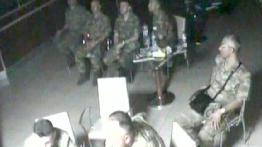 Kara Kuvvetleri Komutanlığı'ndaki darbecilerin yeni görüntüleri ortaya çıktı