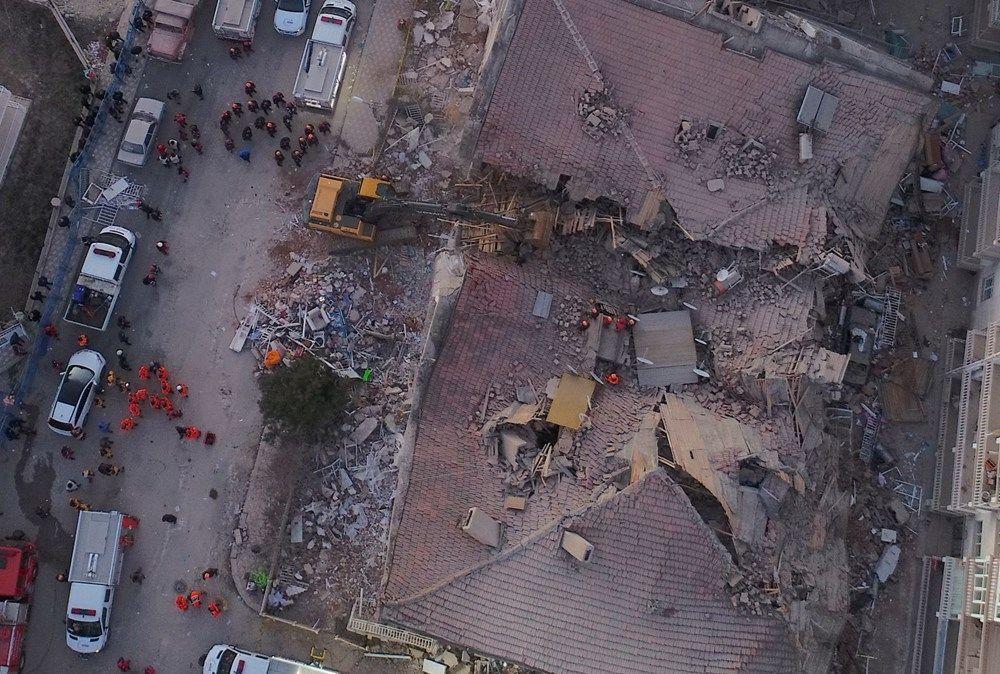 Elazığ deprem bölgesinden kareler - Sayfa 1