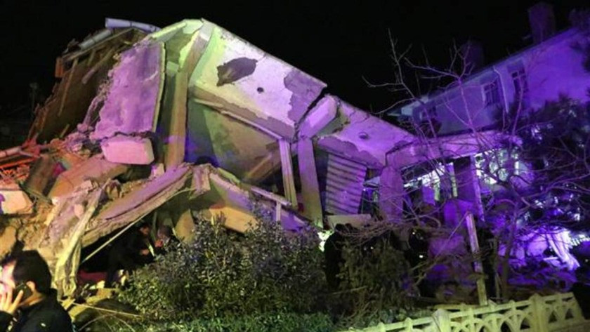 Elazığ depreminden inanılmaz görüntüler