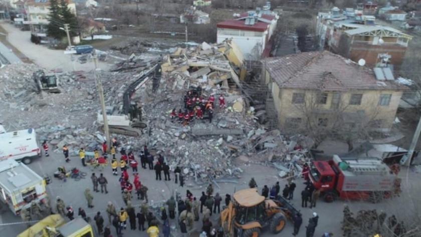 Elazığ'da yıkılan bina için korkunç rapor !