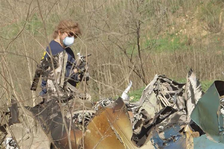 İşte Kobe Bryant ve kızının öldüğü helikopter kazasının enkaz görüntüleri - Sayfa 4