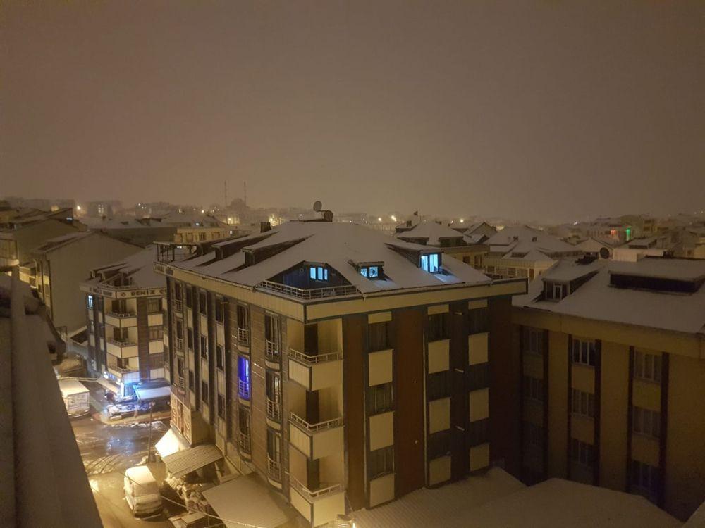 İstanbul kent geneli beyaza büründü! Kar ne kadar sürecek? VİDEO İZLE - Sayfa 2