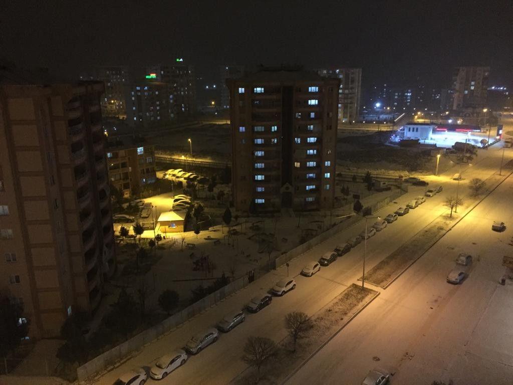 Diyarbakır'da 4 yıl sonra her yer beyaza büründü - Sayfa 1