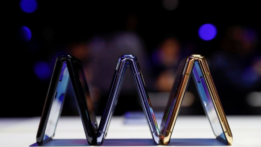 Samsung yeni katlanabilir modelininin lasmanını yaptı! İşte Galaxy Z Flip'in özellikleri..