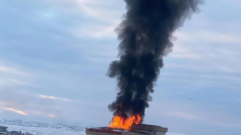 Devlet hastanesinde korkutan yangın! Hastalar tahliye edildi