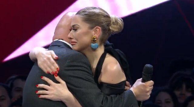 O Ses Türkiye birincisi belli oldu! İşte O Ses Türkiye şampiyonluk ödülü! Final Performansı İzle - Sayfa 4