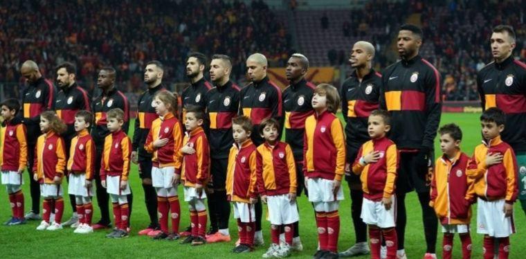 Nefesler tutuldu ! İşte Fenerbahçe - Galatasaray muhtemel 11'leri ! - Sayfa 4