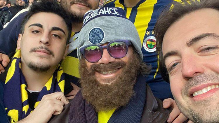 Fenerbahçe'nin efsane futbolcusu derbiyi böyle izledi - Sayfa 1