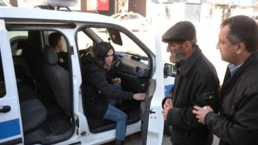 Sokaktaki 65 yaş üstü evsiz vatandaşı polis otele götürdü