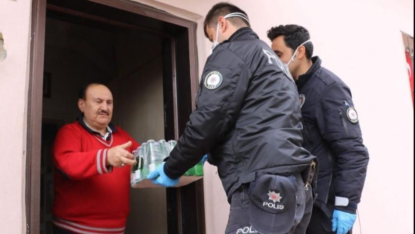 68 yaşındaki vatandaş 112'den maden suyu istedi