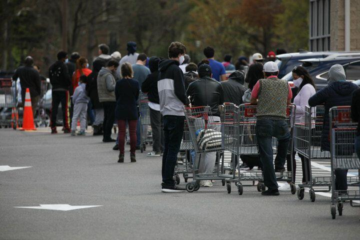 ABD'de süpermarketlerde uzun kuyruklar oluştu: Raflar boşaldı... - Sayfa 2