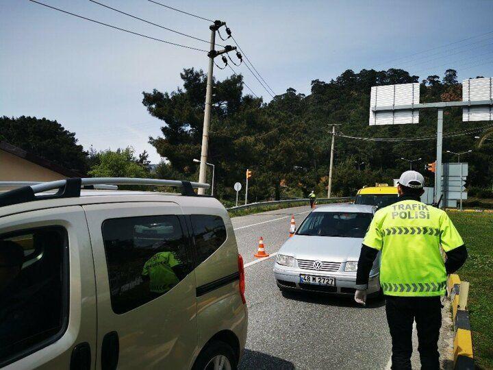Uyarılara rağmen! Bodrum'da 25 günde 125 bin araç giriş yaptı - Sayfa 1
