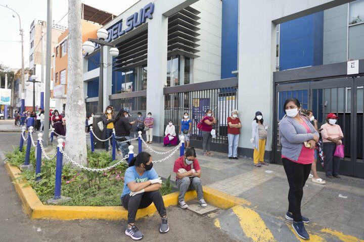 Peru'dan ilginç sokağa çıkma yasağı yöntemi! - Sayfa 2