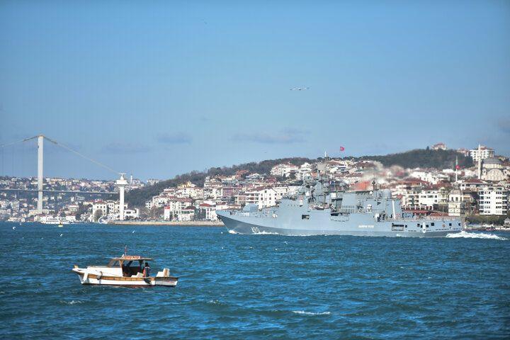 İstanbul Boğazı'nda hareketli anlar! Rus savaş gemileri... - Sayfa 2