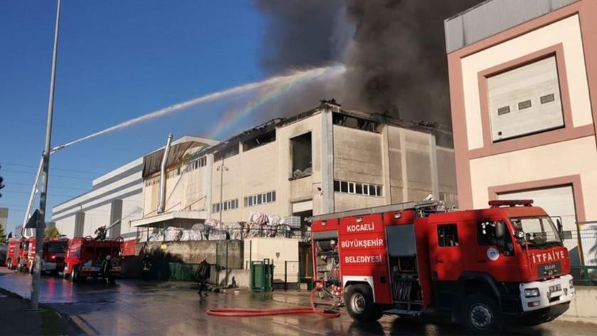 Kocaeli'nin Gebze ilçesinde bir fabrikada yangın çıktı !