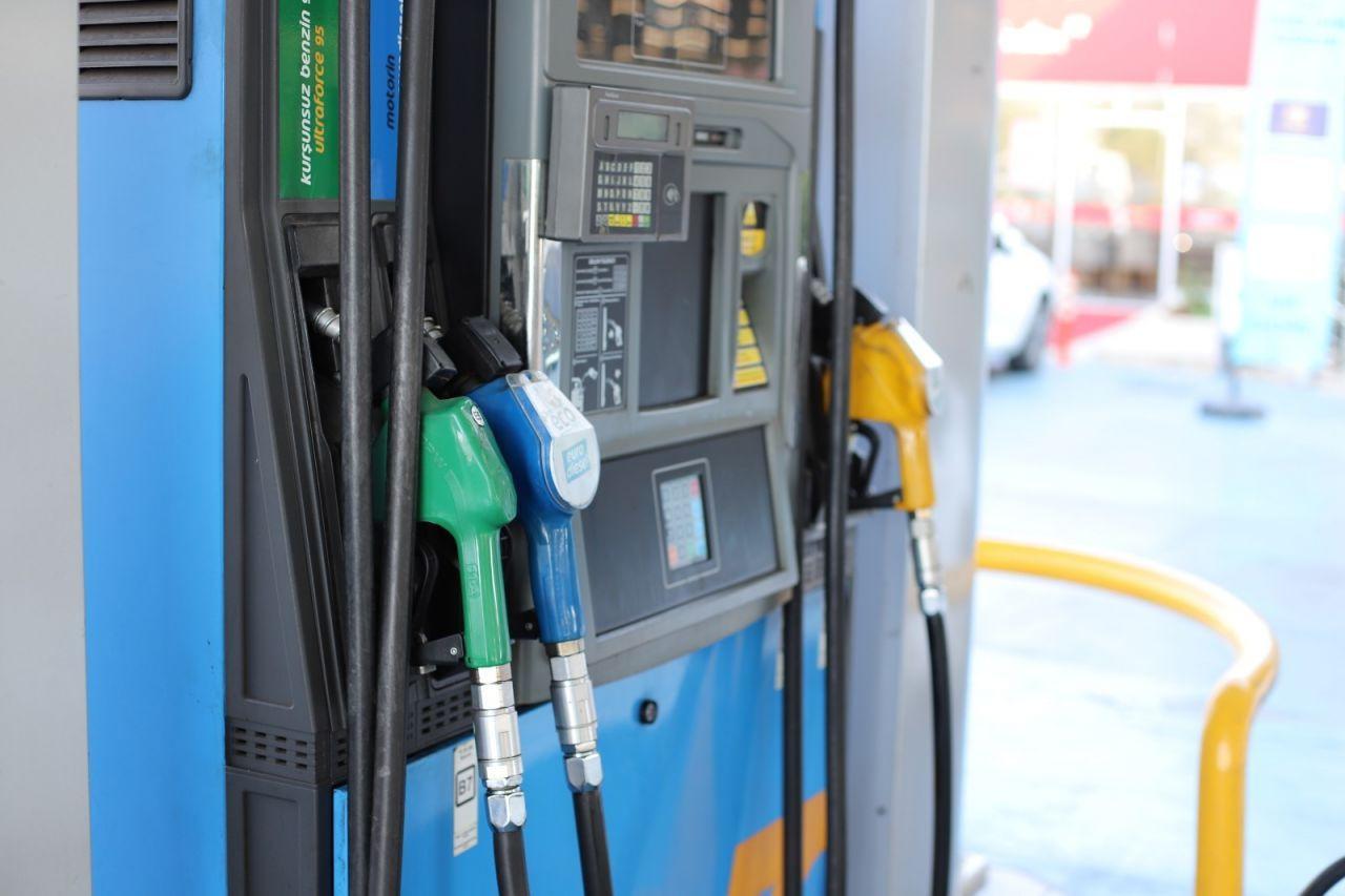 Benzin ve motorine büyük zam geldi!Benzin kaç lira oldu? - Sayfa 3
