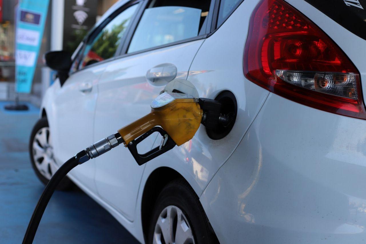 Benzin ve motorine büyük zam geldi!Benzin kaç lira oldu? - Sayfa 4
