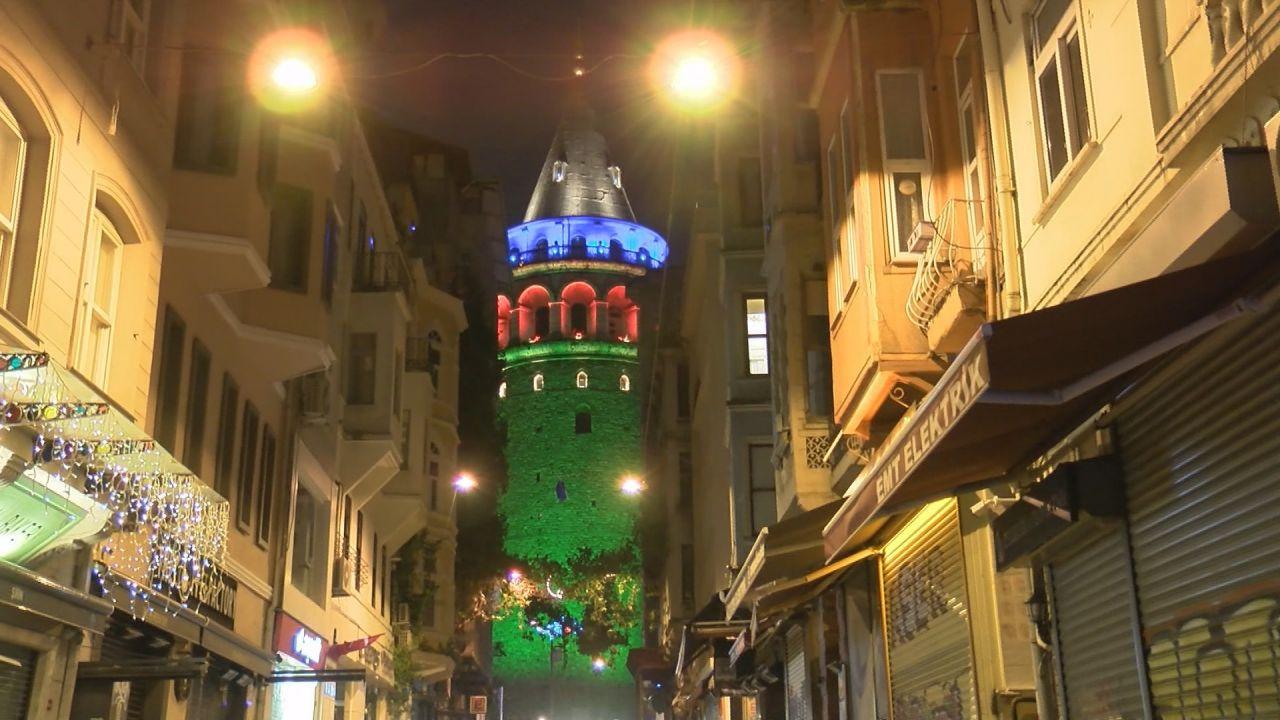 İstanbul'daki köprülerde Azerbaycan renkleri - Sayfa 2