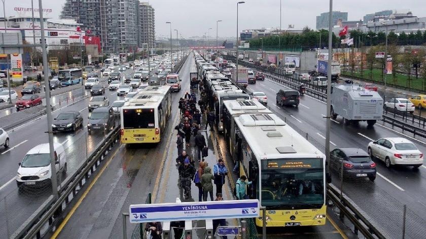 İstanbul Valiliği'nden 'ayakta yolcu' kararı