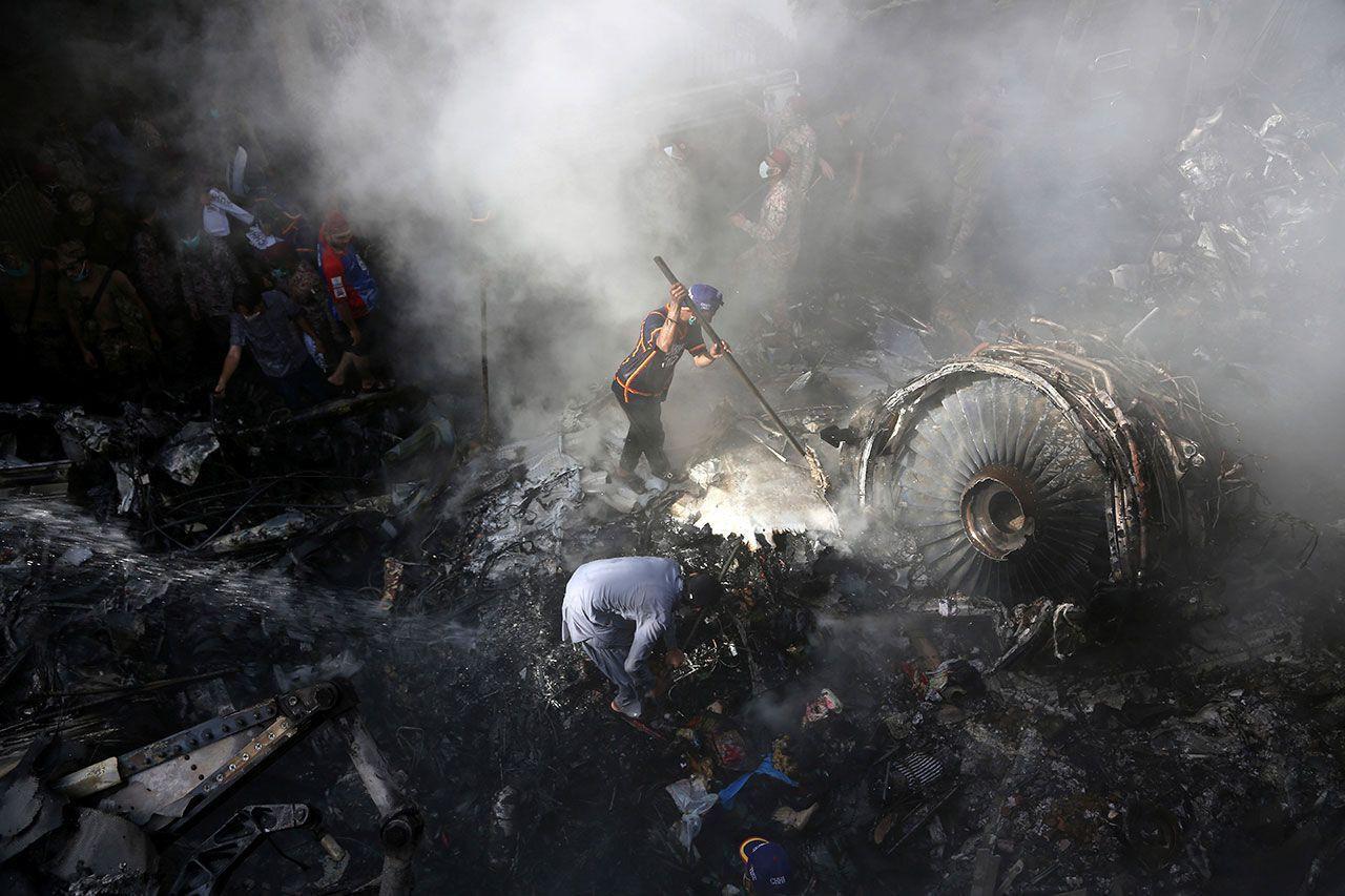 Pakistan 'da yolcu uçağını korona virüs düşürdü! - Sayfa 1