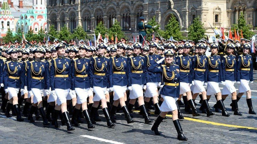 Putin, Moskova'da askeri geçit töreni düzenlenmesiyle gündem oldu! - Sayfa 1