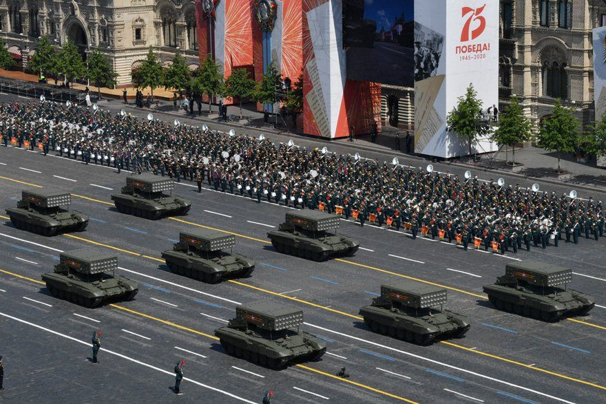 Putin, Moskova'da askeri geçit töreni düzenlenmesiyle gündem oldu! - Sayfa 3