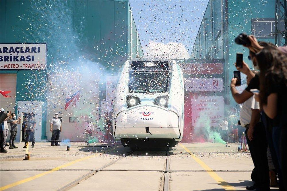İlk sürüşü Cumhurbaşkanı Erdoğan yapacak! Türkiye'nin ilk yerli elektrikli treni raylarda - Sayfa 2