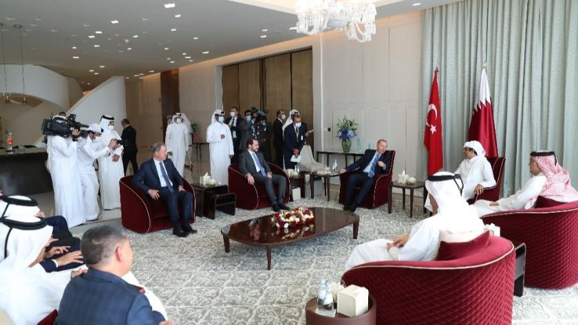 """Bakan Albayrak: """"Katar ziyaretinde verimli görüşmeler gerçekleştirdik"""""""