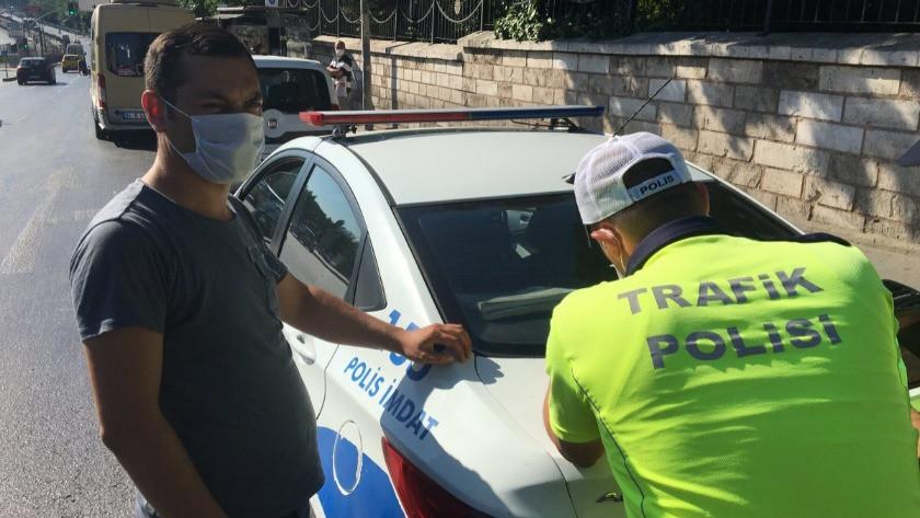 Fatih'te minibüsçü ceza yiyince yolculara kızdı