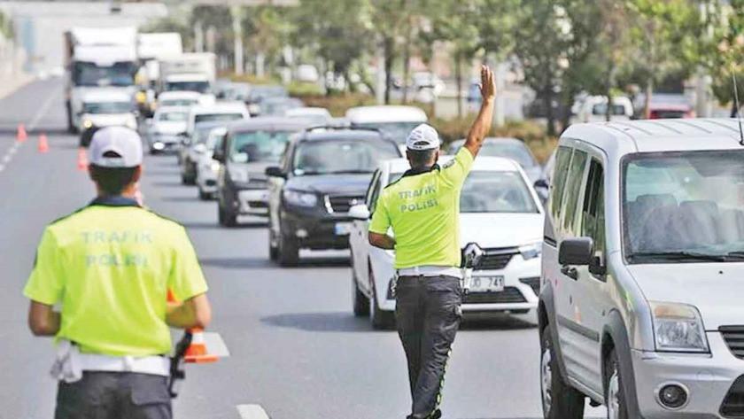 Ayasofya Camii açılışı için bu yollar trafiğe kapatılacak!