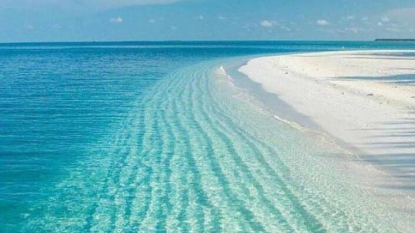 Burdur Valisi vatandaşları Salda Gölü'nü görmeye davet etti