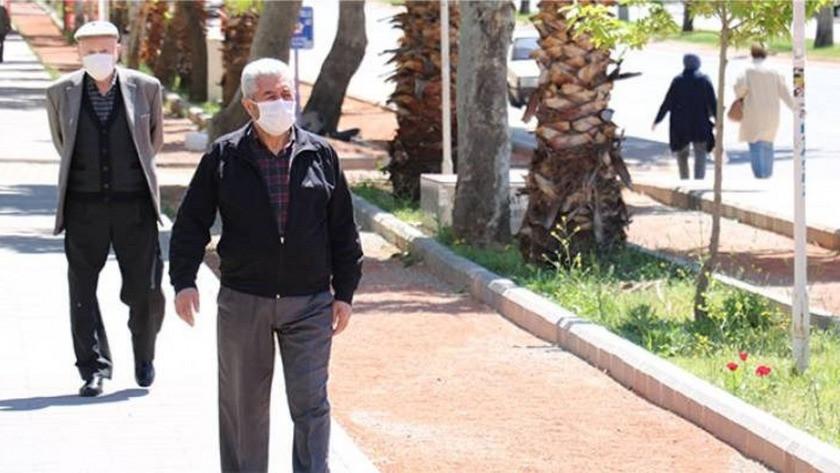 İzmir'de 65 yaş ve üstü vatandaşlara yönelik yeni tedbirler