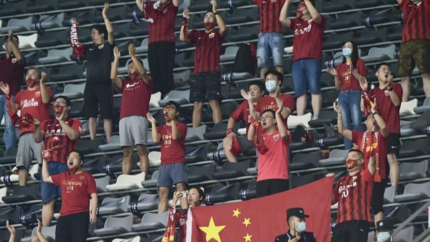 Çin'de futbol, taraftarlarla birlikte yeniden başladı