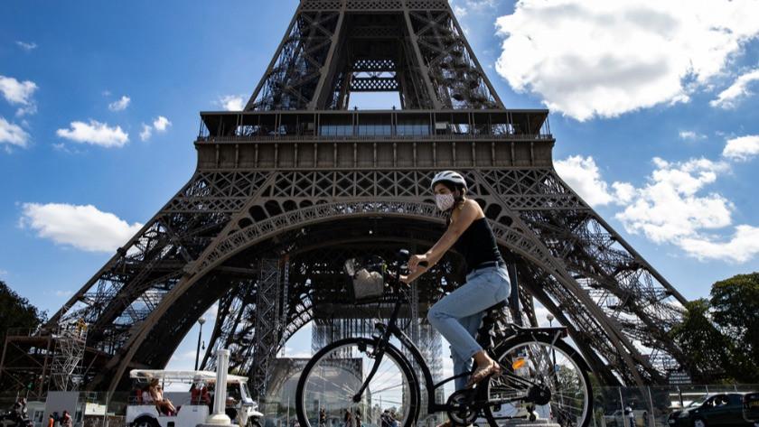 Fransa'da ikinci dalgada günlük vaka sayıları 5 binin üzerinde!