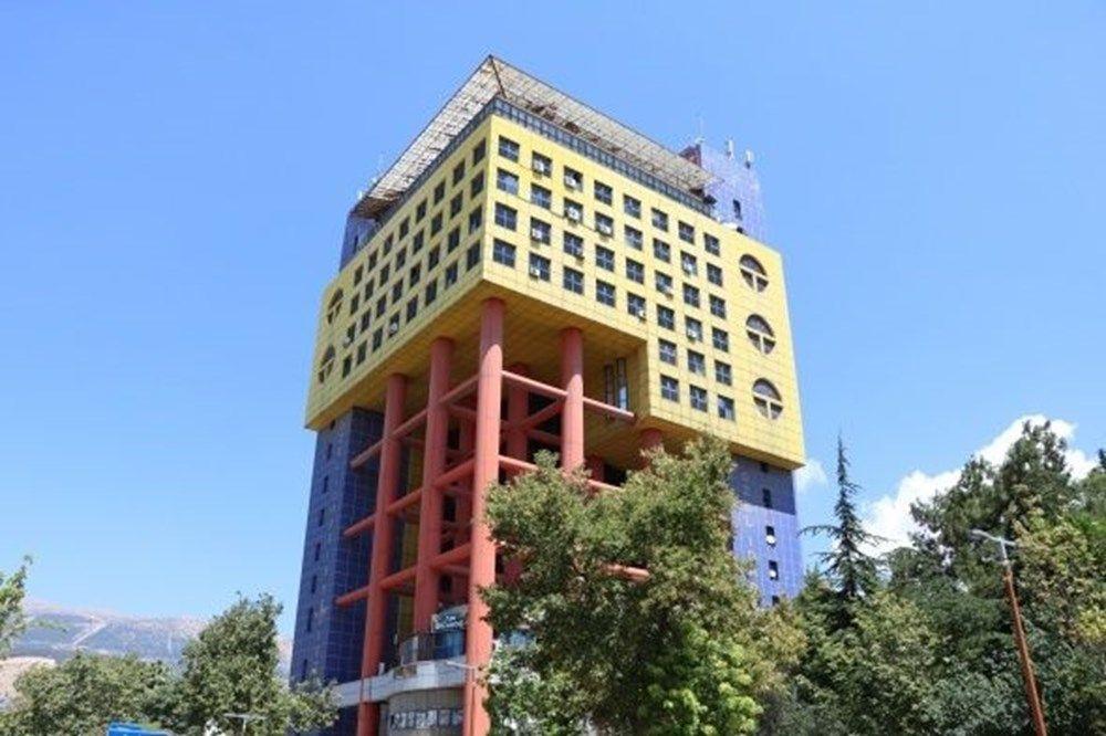 Dünyanın en saçma binasına talipli çıktı - Sayfa 1