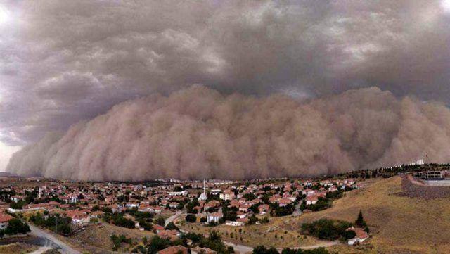Ankara'daki kum fırtınasının ardından oluşan görüntü ! - Sayfa 1