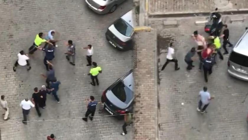 Polis bile kavgayı ayıramadı - İZLE
