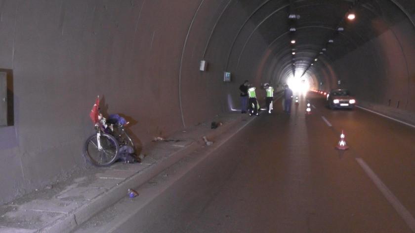 Tünelde kamyonun çarptığı bisikletli adam öldü