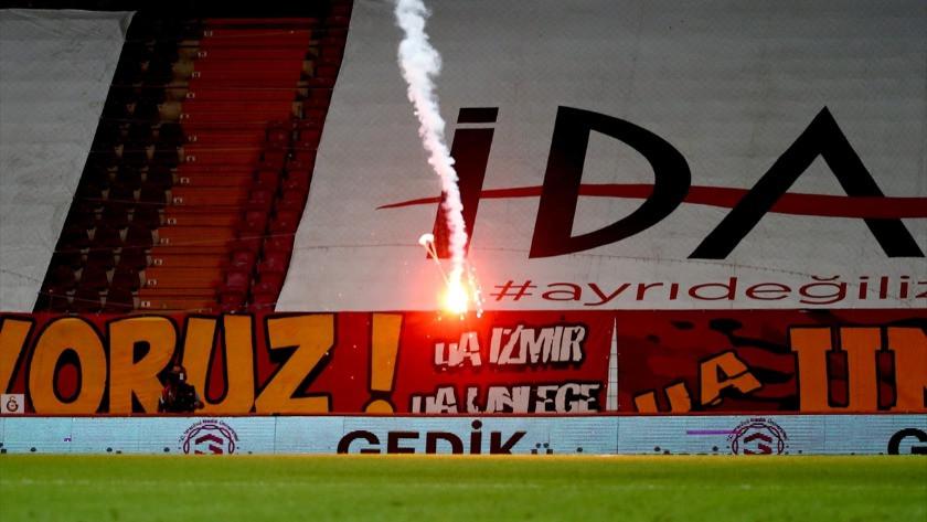 Fenerbahçe - Galatasaray derbisinde şoke eden olay! Paraşütle...