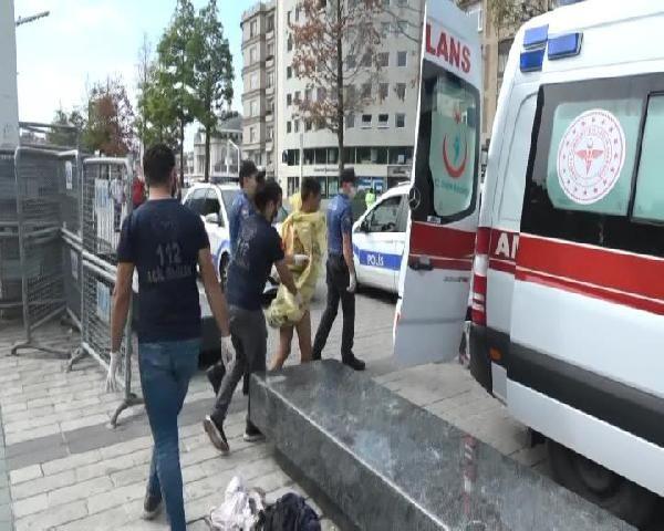 Taksim Meydanı'nda çıplak kadın şoku! Çıplaka kadın görenleri şaşkına çevirdi! video izle - Sayfa 2