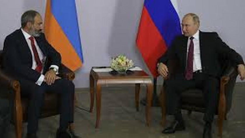 Vladimir Putin  ile Paşinyan görüştü!