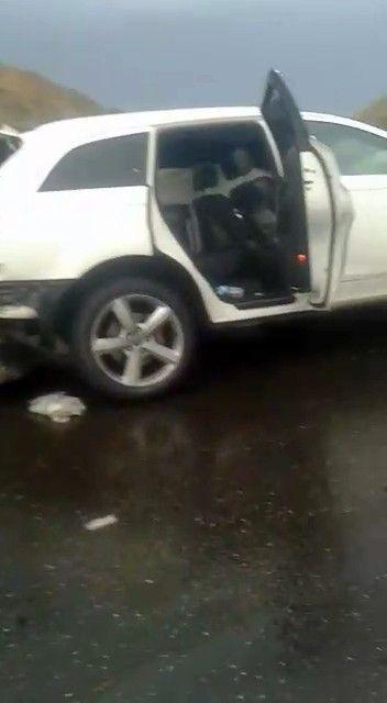 İstanbul'da korkunç kaza! Boğazına bariyer saplanan şahsın başı gövdesinden koptu - Sayfa 1