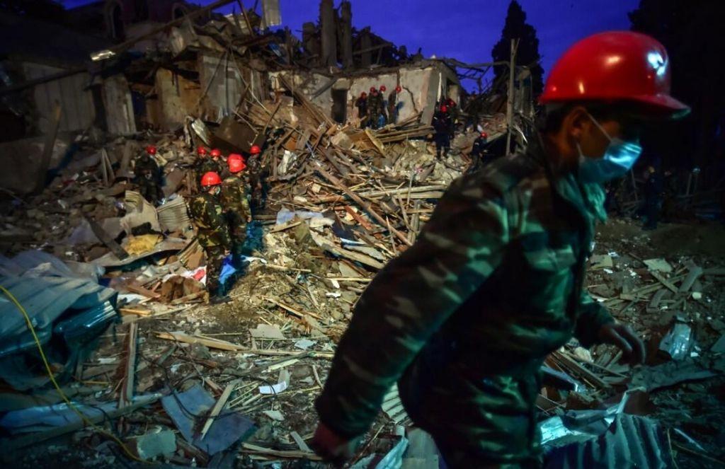 Ermenistan'ın Azerbaycan'a saldırı anı kamerada - İZLE - Sayfa 1
