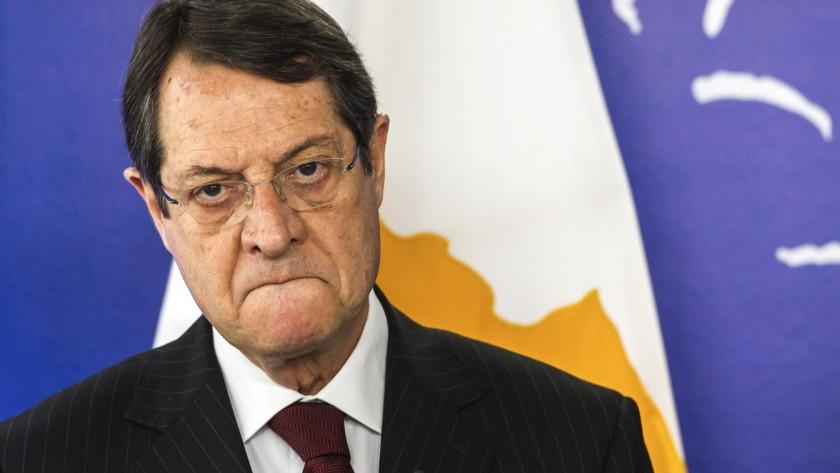 Güney Kıbrıs lideri Anastasiadis skandal sorulunca çıldırdı